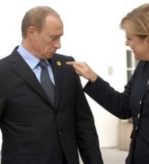 Merkel e Putin tensione Ucraina