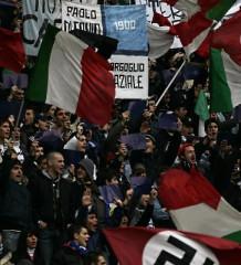 Striscioni stadio fascisti e nazisti
